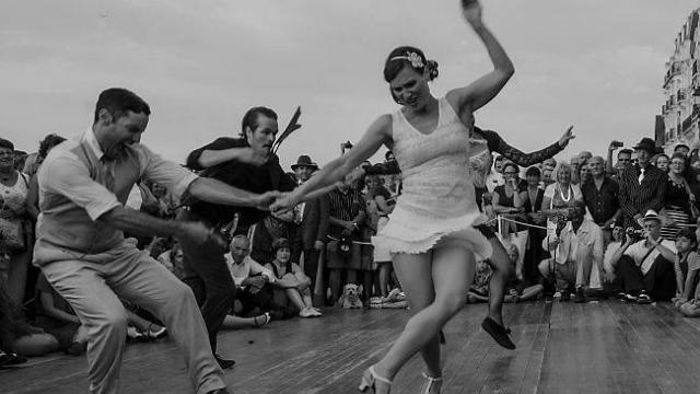 le-swing-festival-plonge-dans-les-annees-20