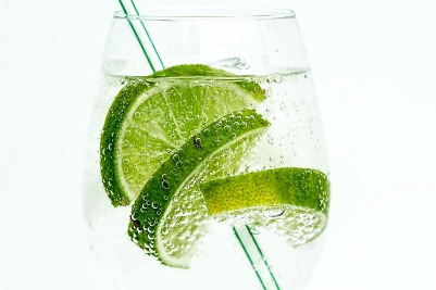 MaxPixel.freegreatpicture.com-Cocktail-Club-Soda-Drink-Lime-Cold-Glass-Juice-907124.jpg