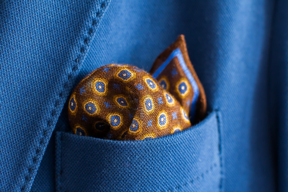 handkerchief-933655_960_720.jpg