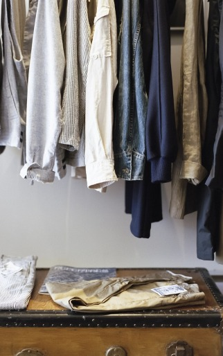 closet-1209917_1280.jpg